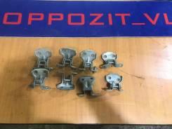 Крепление двери багажника. Subaru Forester, SF5, SF6, SF9 Двигатели: EJ20, EJ201, EJ202, EJ203, EJ204, EJ205, EJ20A, EJ20E, EJ20G, EJ20J, EJ25, EJ251...