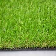 Искусственный травяной газон.