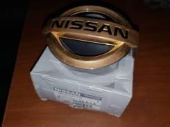 Эмблема решетки. Nissan Skyline, CKV36 Двигатель VQ37VHR