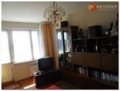 4-комнатная, улица Парис 28. о. Русский, проверенное агентство, 61кв.м.