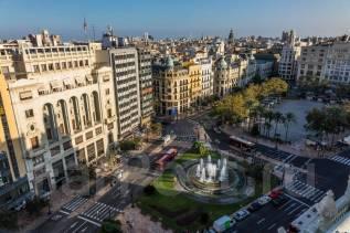 Продается действующий отель в центре Валенсии, Испания.