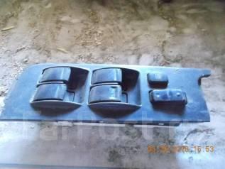 Блок управления стеклоподъемниками. Toyota Camry, SV40