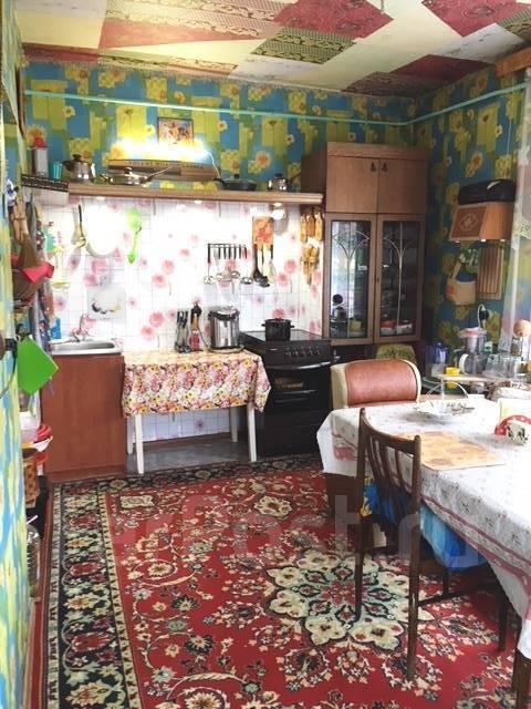 Продаю коттедж. Цветочная 7A, р-н Артемовский, площадь дома 220кв.м., централизованный водопровод, отопление централизованное, от частного лица (соб...