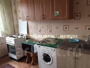 2-комнатная, улица Сабанеева 13. Баляева, агентство, 48 кв.м.