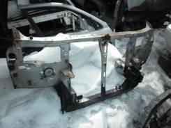 Рамка радиатора. Mazda Bongo Friendee, SG5W, SGE3, SGEW, SGL3, SGL5, SGLR, SGLW Двигатель WLT