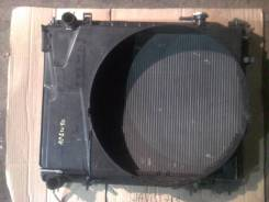Радиатор охлаждения двигателя. Nissan Elgrand, APWE50 Двигатель VQ35DE