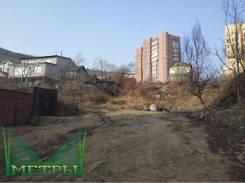 Земельный участок в центре г. Владивосток. 160кв.м., собственность, электричество, вода, от агентства недвижимости (посредник). Фото участка