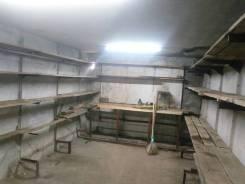 Продам в рассрочку гараж с подвалом и светом. Аренда с выкупом. улица Героев Варяга 10, р-н БАМ, 36 кв.м., электричество, подвал. Вид изнутри