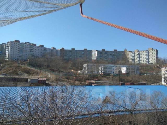 2-комнатная, улица Сафонова 7. Борисенко, агентство, 44кв.м. Вид из окна днём