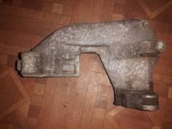 Кронштейн генератора. Chevrolet Niva