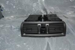 Решетка вентиляционная. Skoda Fabia, 5J2, 5J5 Двигатели: BBM, BTS, BXW, BZG, CAVE, CBZB, CFNA, CGGB, CGPA, CHFA