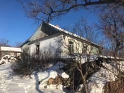 Продаётся дом с участком. Улица Заштольная 8, р-н Шахты N20, площадь дома 66кв.м., электричество 5 кВт, отопление твердотопливное, от частного лица...
