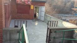 Сдается павильон. 43 кв.м., улица Адмирала Юмашева 26а, р-н Баляева. Дом снаружи