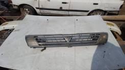 Решетка радиатора. Toyota Vista, SV30