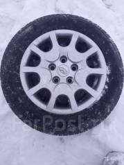 Продам летние шины+диски штамповка+ колпаки Hyndai i 30. x15