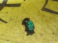 Кнопка стеклоподъмника TOYOTA VITZ KCP90 R L