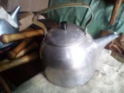 Прочные литые армейские чайники 5 литров. СССР Отлично держат костер.