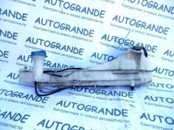 Бачок стеклоомывателя. Suzuki Escudo, TX92W Suzuki Grand Vitara XL-7, TX92W Suzuki Grand Escudo, TX92W Двигатель H27A