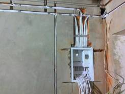 Услуги электрика в Арсеньеве (Профессионально выполним любые работы).