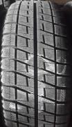 Bridgestone Blizzak Revo2. Зимние, без шипов, 2010 год, 5%, 2 шт