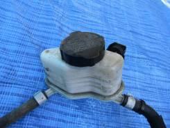 Бачок для тормозной жидкости. Subaru Forester, SG, SG5, SG9, SG9L