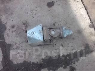 Клапан egr. Nissan Diesel Двигатель GE13