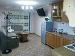 2-комнатная, улица Калининская 21. Центр, 58кв.м.