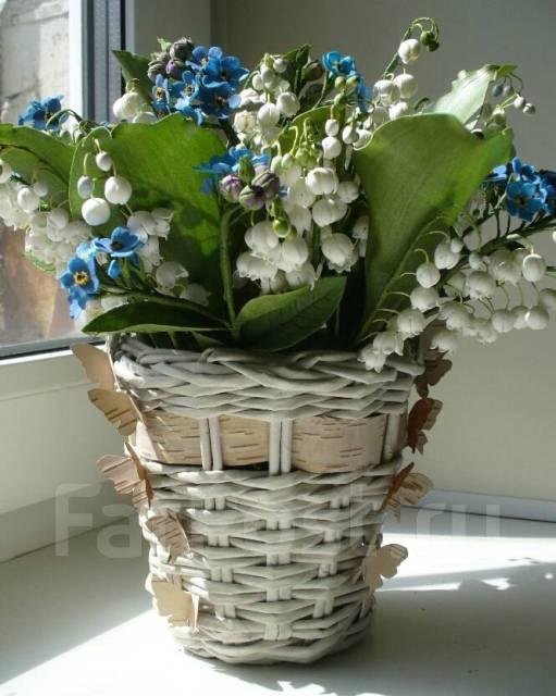 Милый подарок корзинка ландышей и незабудок ручной работы из фоамирана