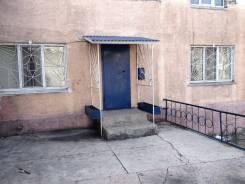 2-комнатная, улица Внутрипортовая (п. Врангель) 23/1. ГПТУ, частное лицо, 52кв.м. Дом снаружи