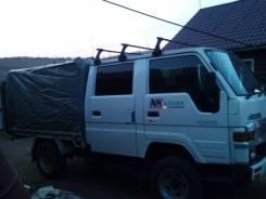 Toyota Hiace. Продается грузовик , 2 400куб. см., 1 000кг.