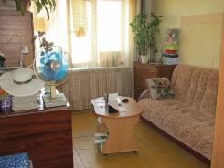 Гостинка, улица Надибаидзе 32. Чуркин, частное лицо, 24,0кв.м. Комната