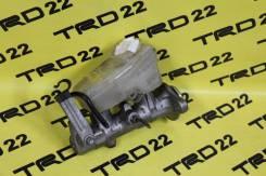 Цилиндр главный тормозной. Toyota Mark II, GX90, JZX90, JZX90E, JZX93, LX90, LX90Y, SX90 Toyota Cresta, GX90, JZX90, JZX93, LX90, SX90 Toyota Chaser...
