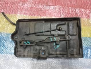 Крепление аккумулятора. Toyota Soarer, JZZ30, JZZ31, UZZ30, UZZ31