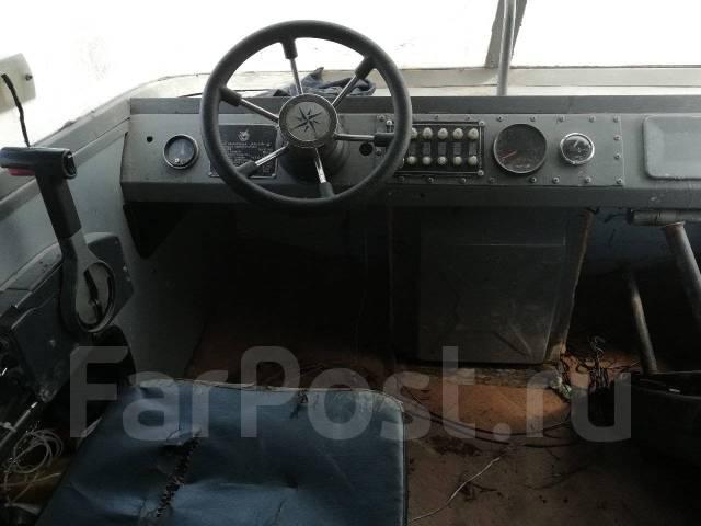 Амур-Д. Год: 1990 год, длина 5,50м., двигатель подвесной, 115,00л.с., бензин