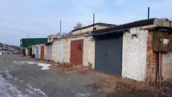 Гаражи капитальные. улица Молодёжная 18, р-н район больницы, 40 кв.м., электричество, подвал.