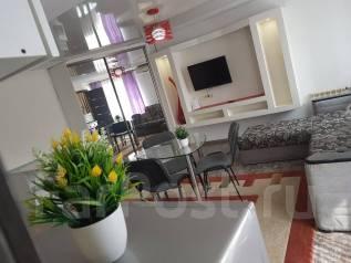 2-комнатная, проспект 100-летия Владивостока 45. Столетие, 42 кв.м. Комната