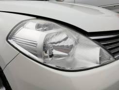 Фара. Nissan Tiida Latio, SC11, SJC11, SNC11 Nissan Latio, SC11 Nissan Tiida, C11, C11X, JC11, NC11 Двигатели: HR15DE, MR18DE, HR16DE