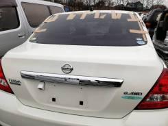 Крышка багажника. Nissan Tiida Latio, SC11, SJC11, SNC11, SZC11 Nissan Latio, SC11 Двигатели: HR15DE, HR16DE, MR18DE