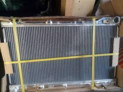 Радиатор охлаждения двигателя. Subaru Forester, SG5 Subaru Impreza Двигатели: EJ20, EJ201, EJ204, EJ205, EJ202, EJ203, EJ20A, EJ20E, EJ20G, EJ20J, EJ2...