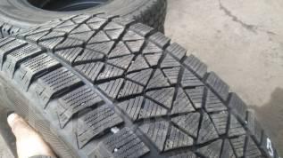 Bridgestone Blizzak DM-V2. Зимние, без шипов, 2014 год, 30%, 2 шт