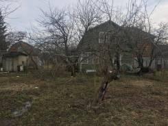 Продаю участок с домом в СНТ Востряково (в собственности) с пропиской. 600кв.м., собственность, электричество, вода