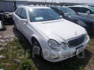 Mercedes-Benz E-Class. WDB211056C, 272722