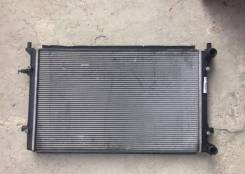 Радиатор двигателя Passat B6 Golf 5 Jetta Audi A3