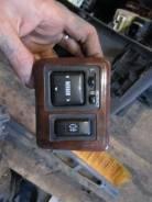 Кнопка включения противотуманных фар. Toyota Mark II Wagon Qualis, MCV25, MCV25W Toyota Mark II, MCV25
