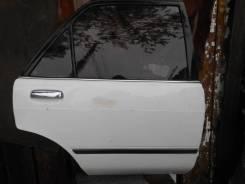 Тойота Карина, АТ170, дверь правая задняя.