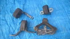 Крепление глушителя. Audi A4 Avant, B6 Audi S Audi A4, B6