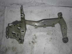 Крепление компрессора кондиционера. Audi Q7, 4LB