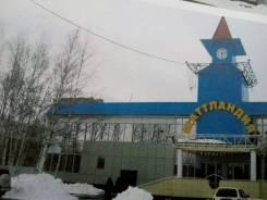 Продается торговый центр. Улица Аллея Труда 46/2, р-н Центральный, 3 350кв.м.