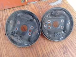 Кожух тормозного суппорта. Honda Logo, GA3 Двигатели: D13B, D13B7