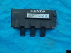 Крышка. Honda Insight, ZE2 Двигатель LDA3